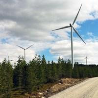300-foto-vindkraftverk-3.jpg