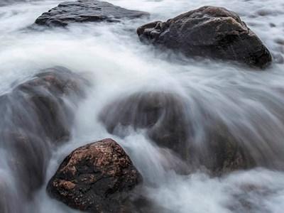 Flödande vatten. Foto: Johan Söderkrantz, SLU