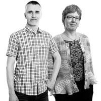 Jens Fölster och/and Karin Blombäck. Foto: Jenny Svennås-Gillner (Jens Fölster) och Viktor Wrange (Karin Blombäck).